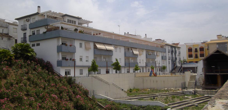 36 viviendas y garaje